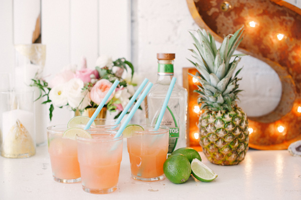 Ruffled - photo by http://blushweddingphotography.com/ - http://ruffledblog.com/modern-tropical-wedding-inspiration/